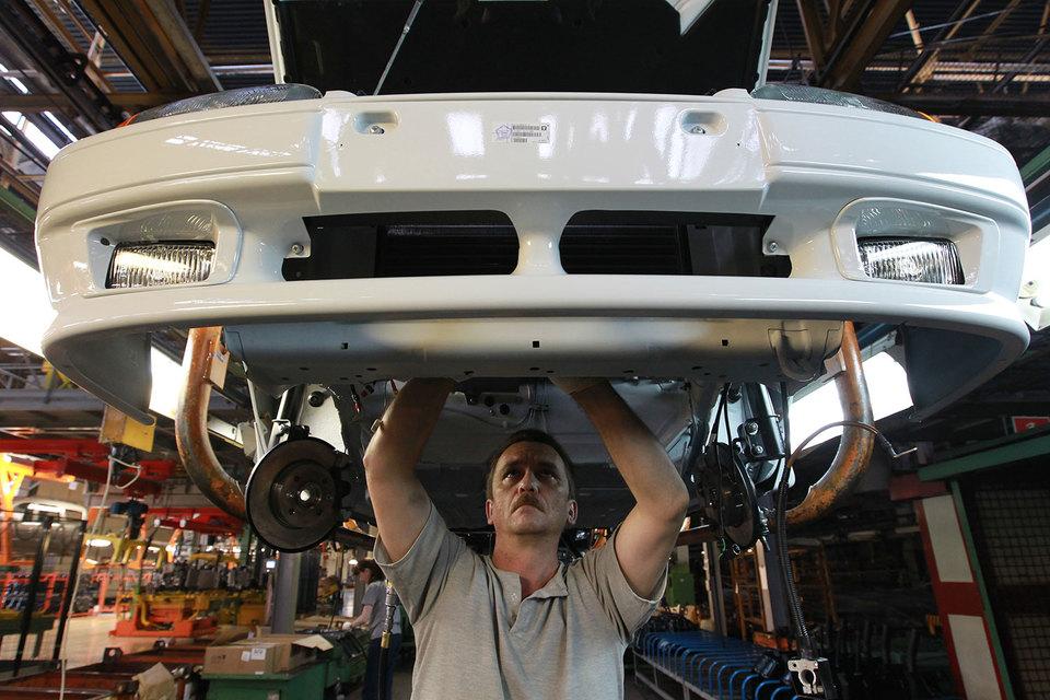 «АвтоВАЗ» работает в режиме четырехдневной недели