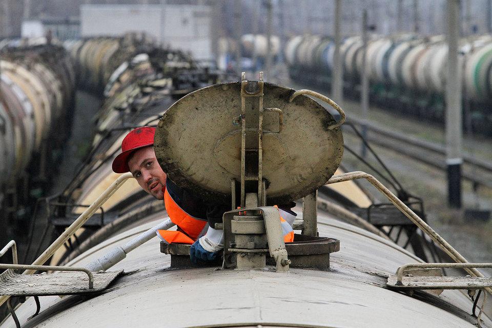 Сократятся в 2017 г. и доходы РЖД от грузовых перевозок – 1,23 трлн руб., а в 2016 г. монополия рассчитывает на 1,25 трлн.