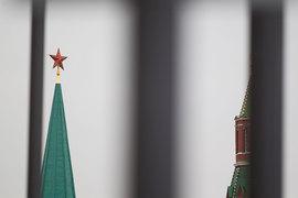 Замначальника президентского управления внутренней политики (УВП) Сергей Смирнов ушел в отставку, рассказал «Ведомостям» собеседник в Кремле и подтвердил близкий к Кремлю собеседник