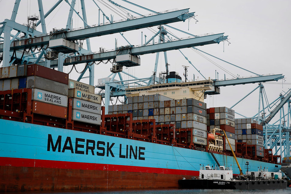 Лидер рынка – компания Maersk Line стала еще крупнее, купив Hamburg Sud