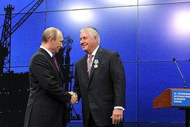 Американские сенаторы с подозрением относятся к дружбе Рекса Тиллерсона с Владимиром Путиным