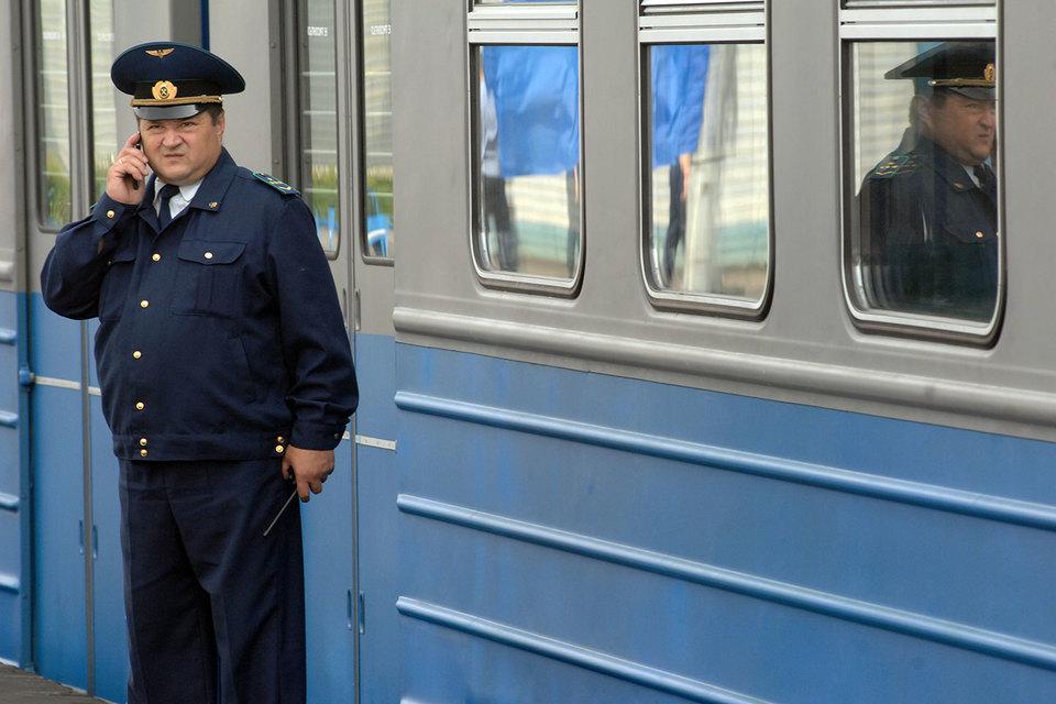 ФАС обсуждает с операторами вопрос отмены роуминга внутри России
