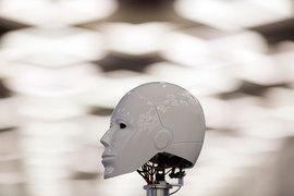 Основатель Grishin Robotics Дмитрий Гришин разработал концепцию первого в мире закона о робототехнике