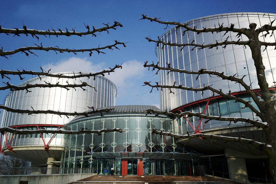 Обращение в Конституционный суд может закрыть россиянам дорогу по тому же вопросу в Страсбург