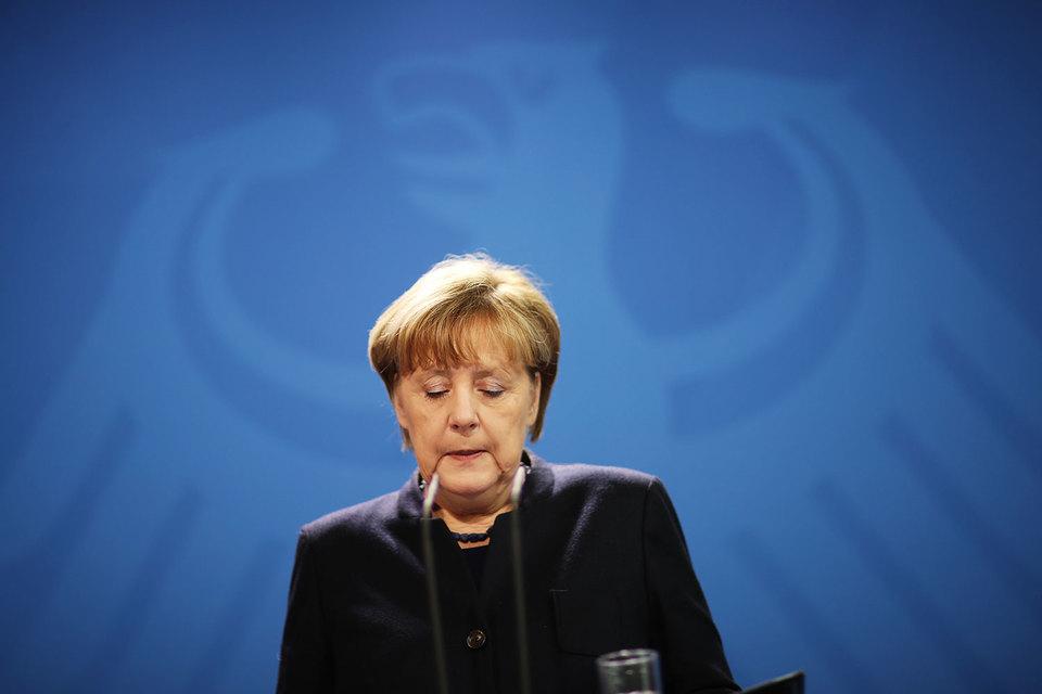 Меркель признала инцидент в Берлине терактом