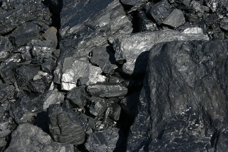 Всего за 2015 г. было добыто 3,9 млн т угля на Эльгинском месторождении