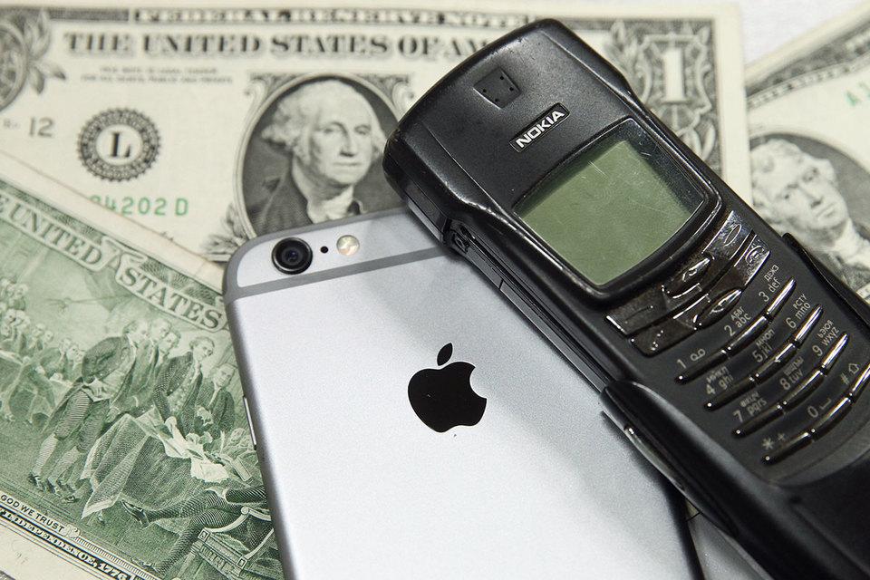 В 2011 г. Nokia получила от Apple предположительно $720 млн компенсации за нарушение патентов