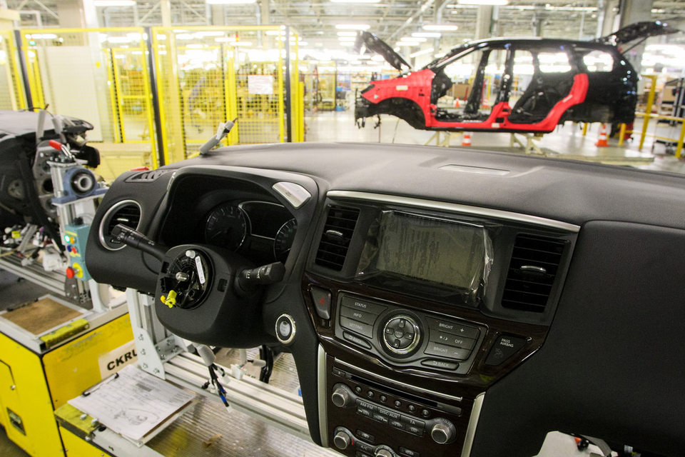 На заводе Nissan в Петербурге в марте сократят 252 человека
