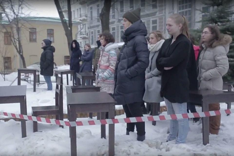 Кульминацией конфликта между студентами и ректором Российского института театрального искусства (ГИТИС) стал перформанс и вызов полиции