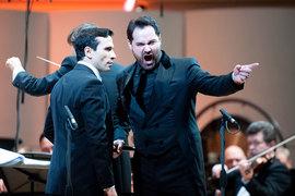 Фауста спел Сергей Романовский (слева), Мефистофеля – Ильдар Абдразаков