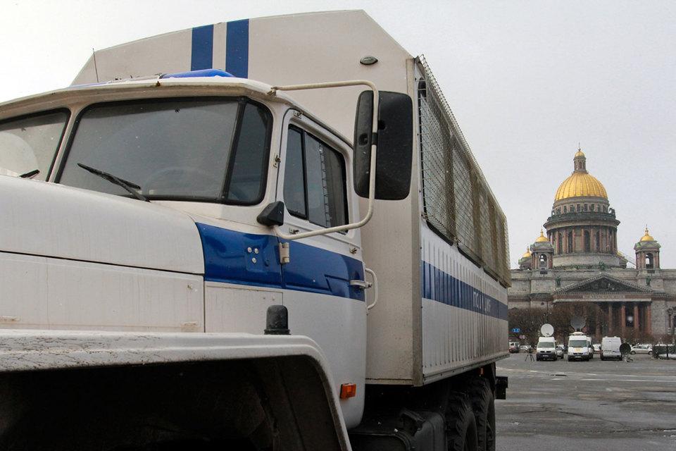 Интерес петербургской полиции к НКО может обернуться новыми уголовными делами