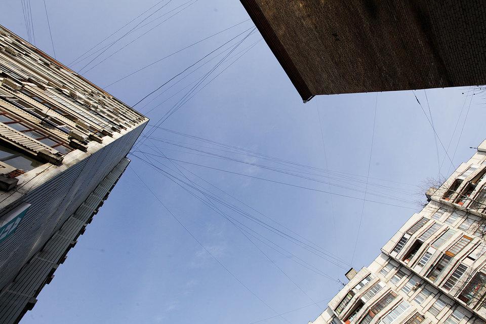 Провода над городом портят его вид, уверена мэрия Москвы