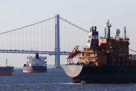 Изменения в налоговом кодексе принесут дополнительную выгоду нефтедобывающим компаниям в США