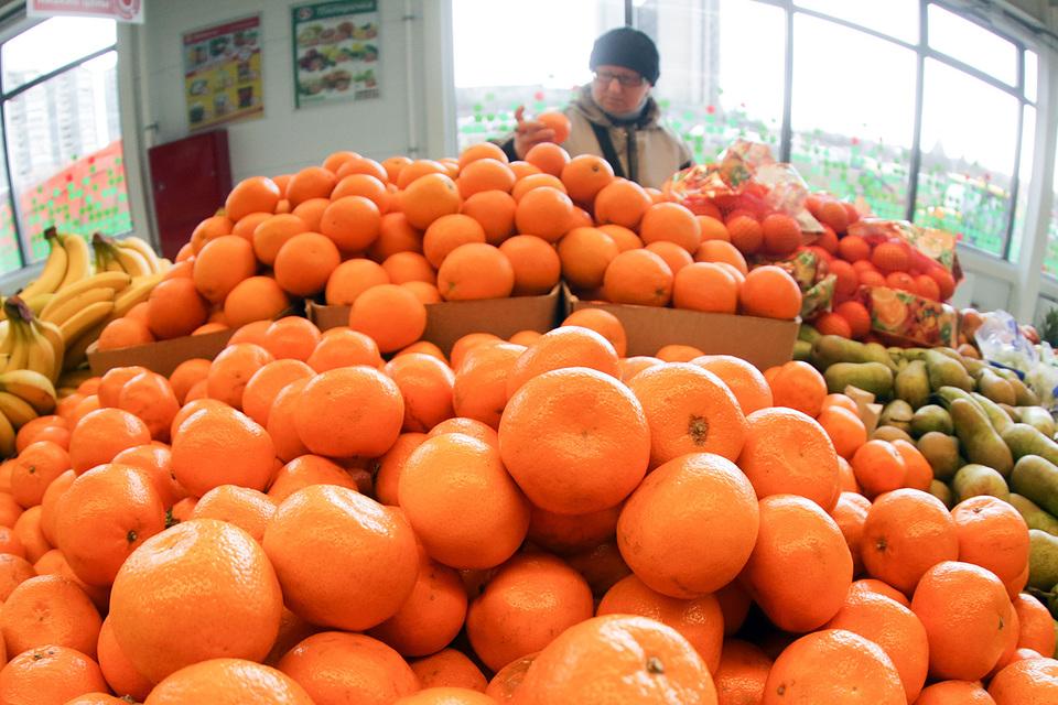 Китайские мандарины заменили турецкие фрукты на прилавках российских магазинов
