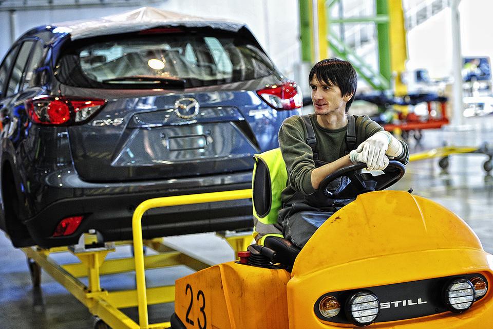 В 2015 г. на фоне общего падения спроса на российском рынке было свернуто производство Toyota Land Cruiser Prado, приостановлен выпуск моделей SsangYong, сохранилась только сборка Mazda