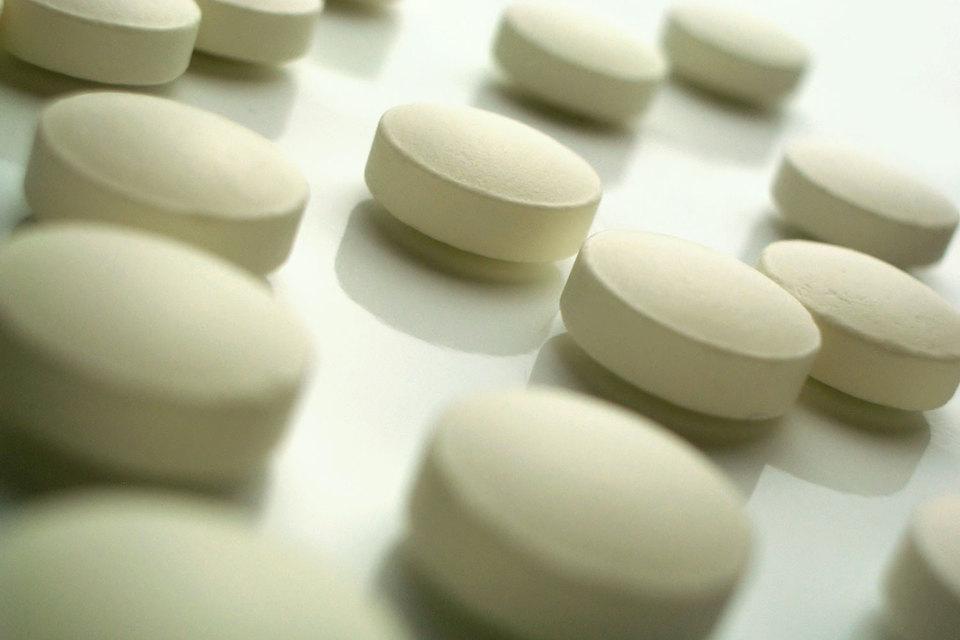 Политики, врачи, представители страховых компаний, пациенты в последние месяцы критиковали рост цен на медпрепараты, заявляя, что лекарства стали недоступны многим пациентам