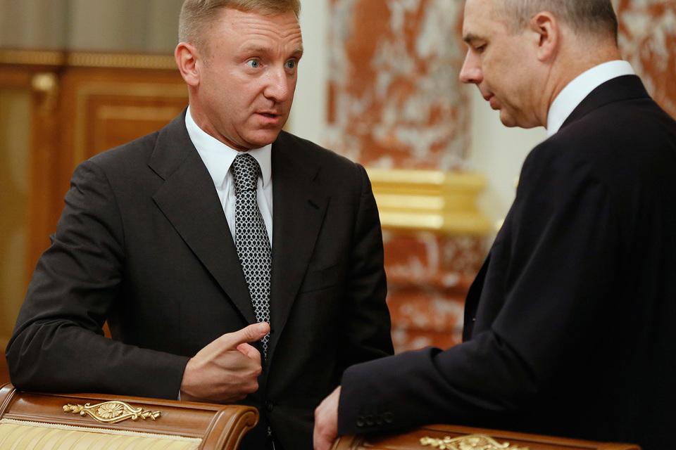 Министр образования и науки Дмитрий Ливанов и министр финансов Антон Силуанов