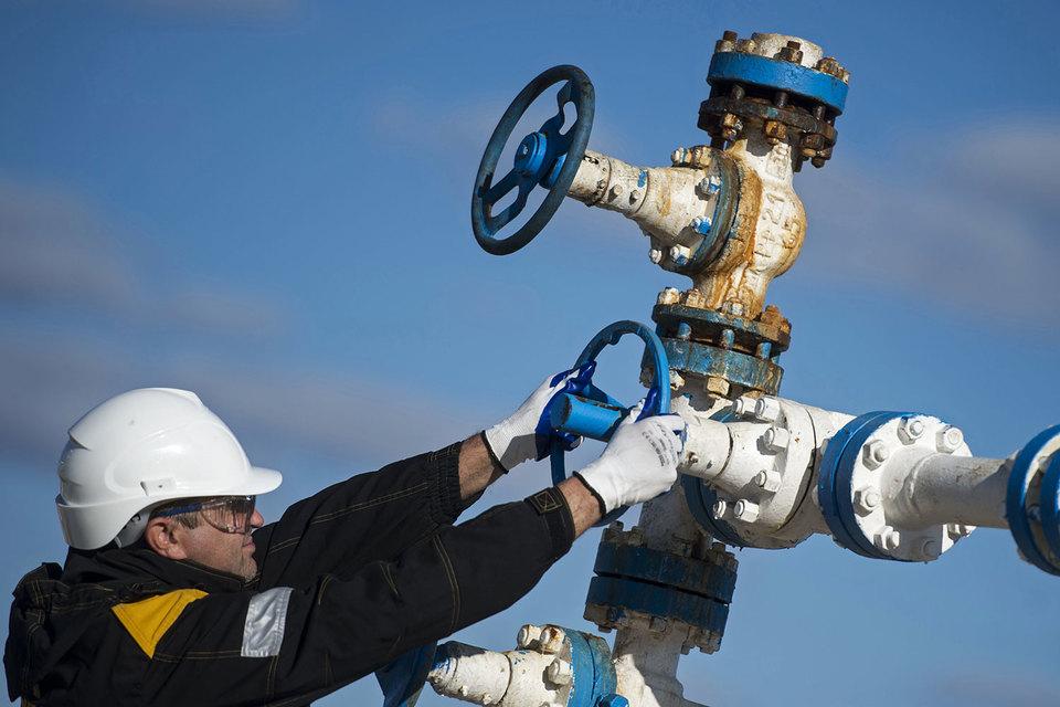 Исходя из нового базового сценария нефтяных цен, S&P проведет ревизию рейтингов нефтегазовых компаний