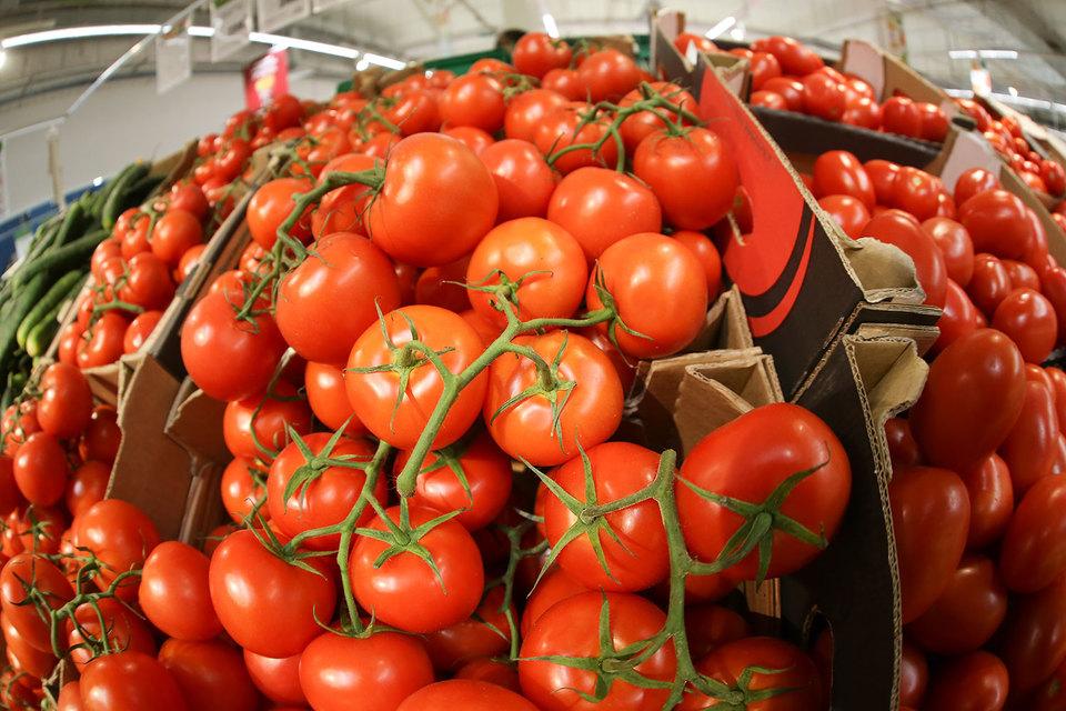 «Проблемная категория – томаты, так как их поставок из других источников может быть недостаточно», – писали аналитики JPMorgan