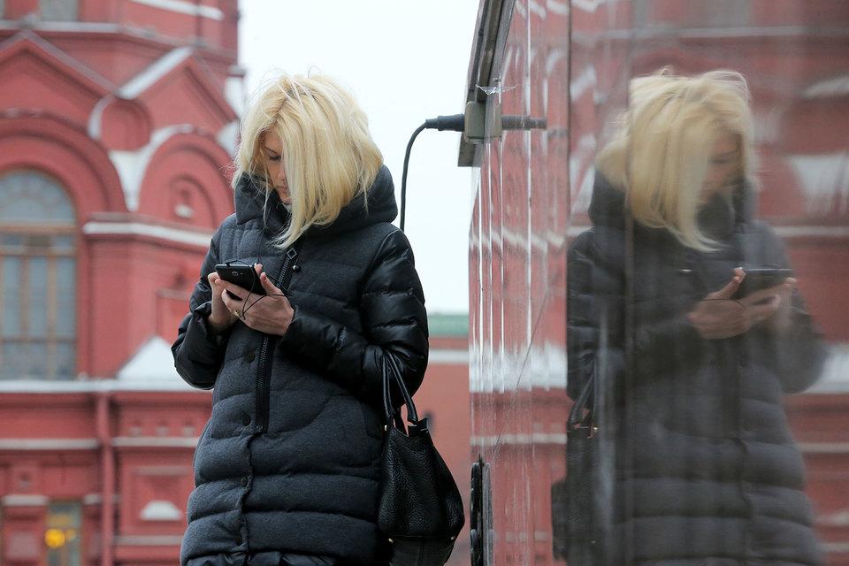 Потери российских мобильных операторов от интернет-сервисов в 2014 г. составляли, по подсчетам аналитиков J'son & Partners Consulting, 15–20 млрд руб.