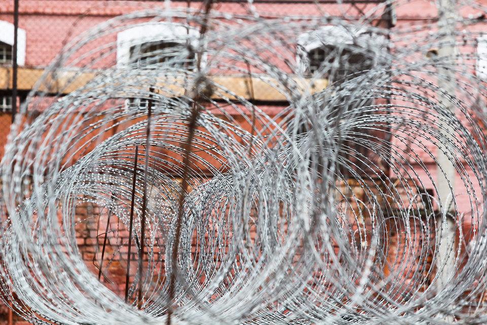 Новые требования к общественным наблюдателям за местами заключения смягчат, но иностранных агентов к этому процессу все равно не допустят