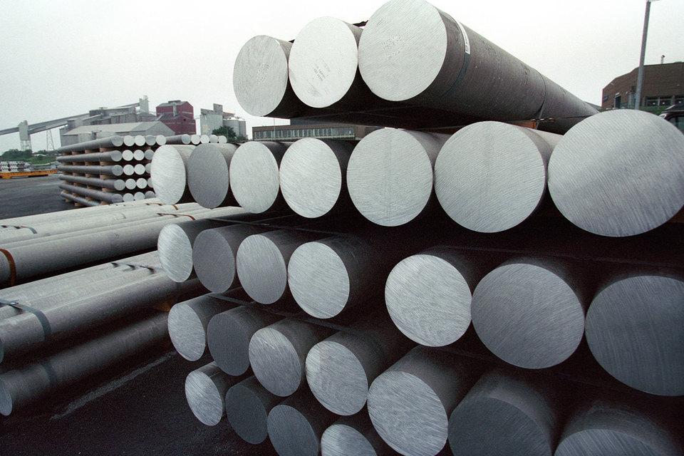Потребление алюминия в России и СНГ сократилось за минувший год на 21% примерно до 1,5 млн т,