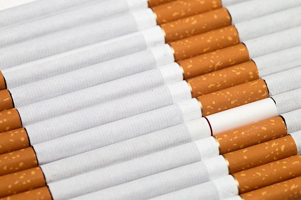 Производители сигарет не хотят внедрять систему «Почты России» для отслеживания своей продукции