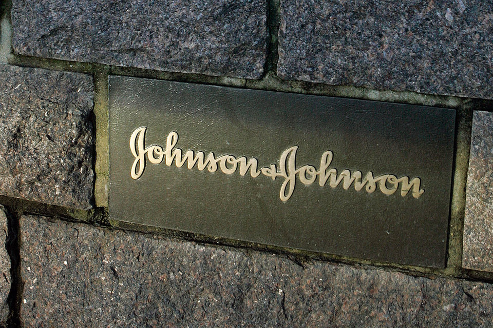 Johnson & Johnson в ближайшие два года сократит 3000 сотрудников одного из подразделений