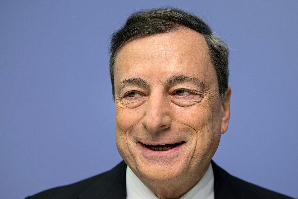 На пресс-конференции президент ЕЦБ Марио Драги дал понять, что центробанк готов пойти на дополнительное стимулирование во время следующего заседания в марте