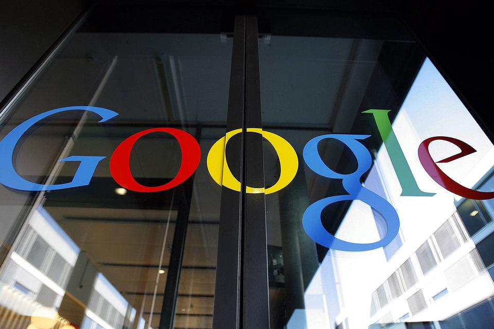 Великобритания  выставила счет Google