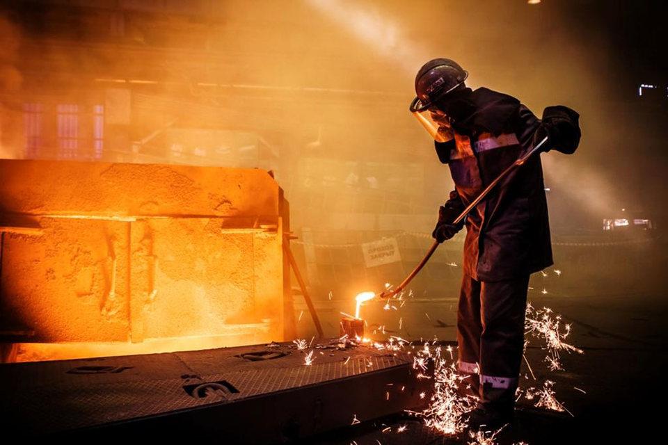 Evraz приостановил производство на заводе в Казахстане