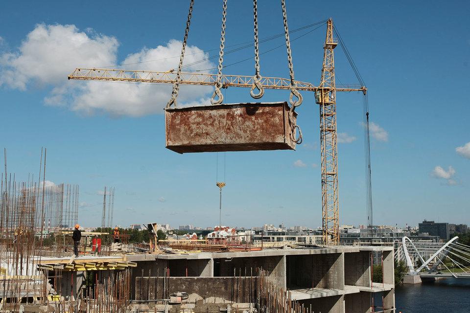 Губернатор Петербурга поручил урезать бюджет комитета по строительству в 2016 году