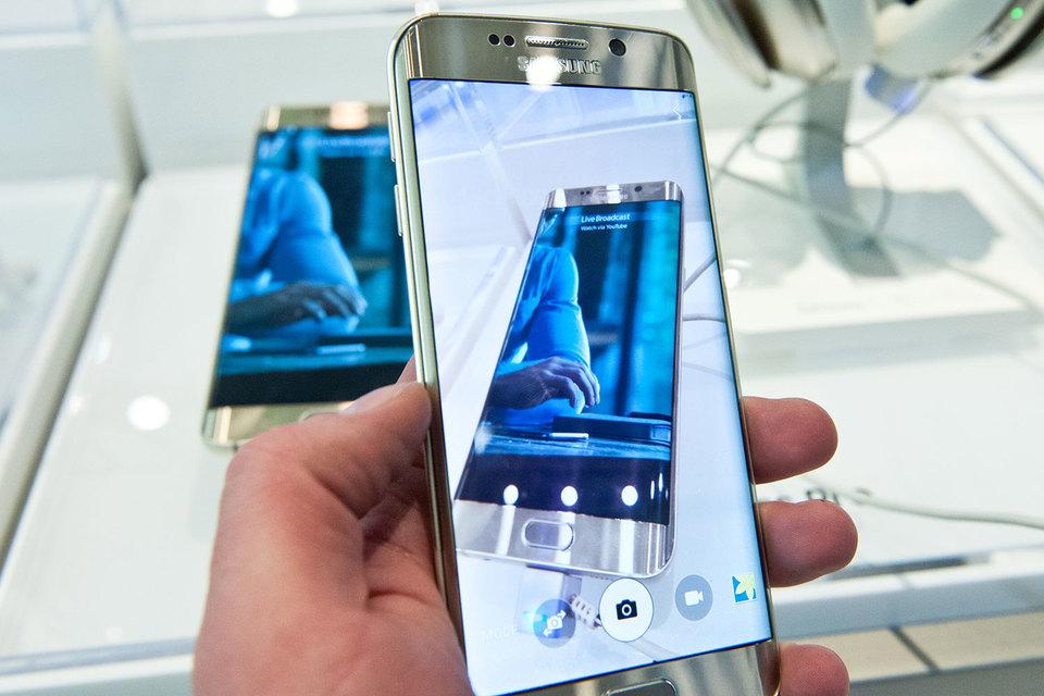 Оба ключевых направления бизнеса Samsung теряют прибыльность на фоне глобального экономического спада в сочетании с насыщением рынка смартфонов