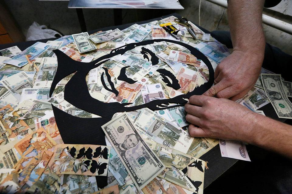 Все ждут от президента Владимира Путина денег