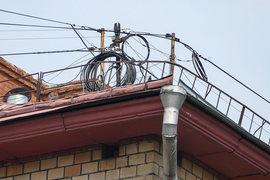 Интернет-провайдеры часто входят в дом через крышу
