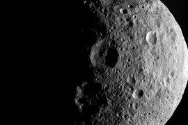 Люксембург планирует инвестировать в бурение астероидов