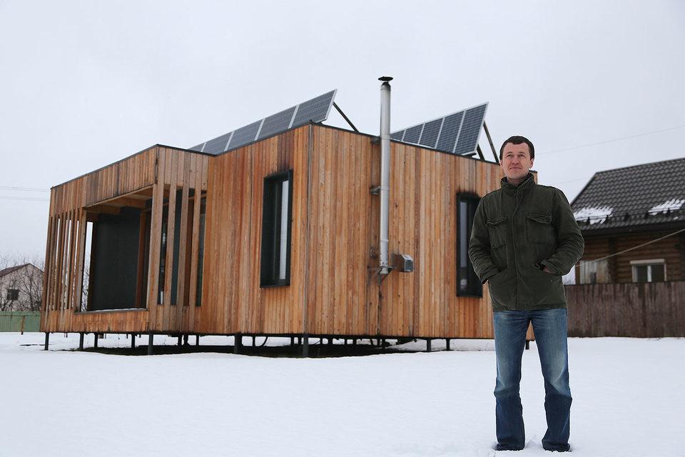 Павел Бобков с детства мечтал строить автономные плавучие дома на понтонах, а строит модульные дома на земле