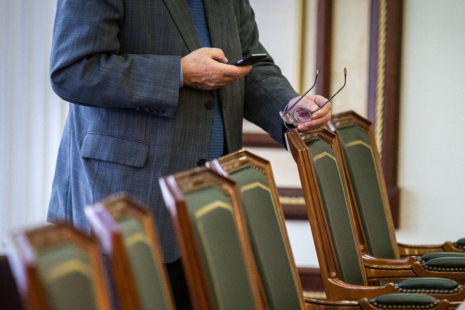 Правительство на заседании в четверг одобрило законопроект, обязывающий чиновников отвечать на адвокатские запросы