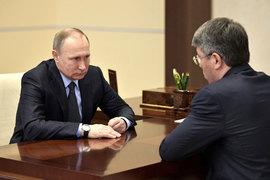 Владимир Путин принял отставку главы Бурятии Вячеслава Наговицына