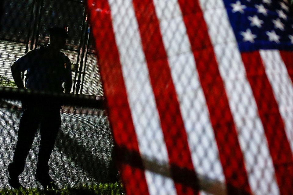 Свобода передвижения, единство семей и отсутствие дискриминации сейчас важнее для американского общества, чем интересы национальной безопасности, посчитали судьи