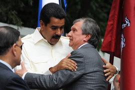 Президент Венесуэлы Николас Мадуро и главный исполнительный директор «Роснефти» Игорь Сечин