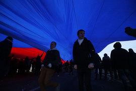 Насаждение патриотизма в качестве новой государственной идеологии – один из признаков возвращения России в позднесоветское прошлое, считают социологи