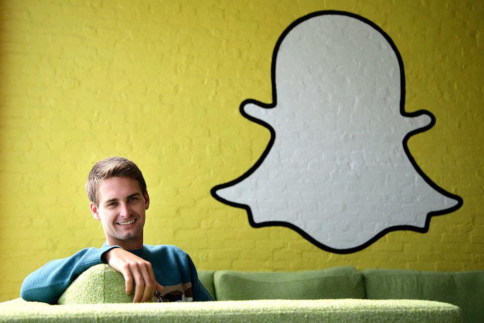 Право принятия всех решений остается за гендиректором Snapchat Эваном Шпигелем (на фото) и Бобби Мерфи (директор по технологиям)