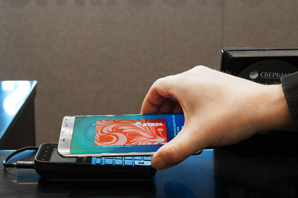 Samsung Pay работает в России лишь с 12 банками
