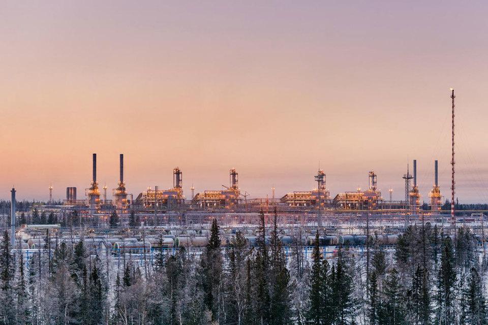 Двузначный рост выручки для российской компании при достаточно слабых ценах на нефть – хороший результат, отмечает Вахрамеев