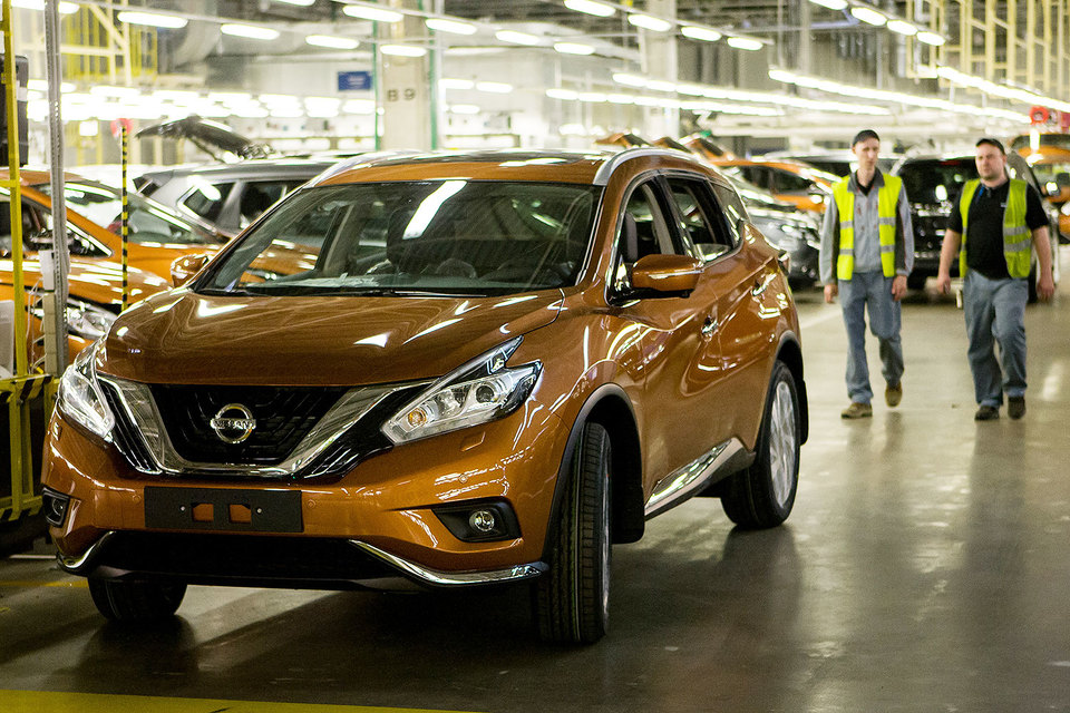 Петербургский завод Nissan работает с июня 2009 г.