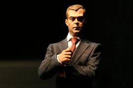 Если задуманное Дмитрием Медведевым удастся, ему можно будет ставить памятник