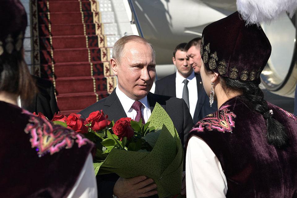 Официально Кремль объясняет визит Путина в центральноазиатские республики 25-летием установления дипломатических отношений