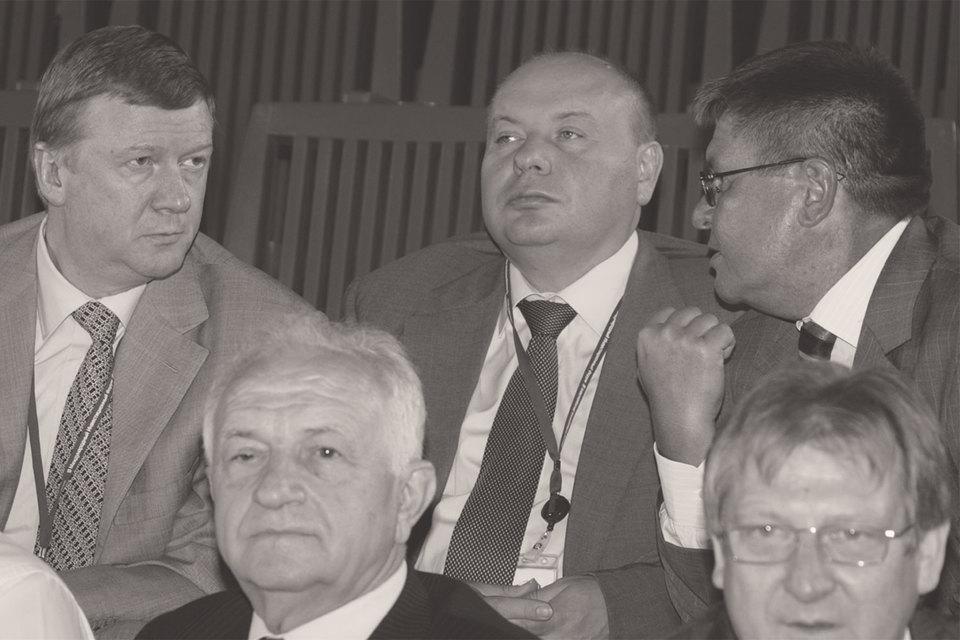 Российские реформаторы-технократы, отказываясь от политики, во многом проиграли реформы. Нафото: Анатолий Чубайс, Егор Гайдар и Алексей Улюкаев