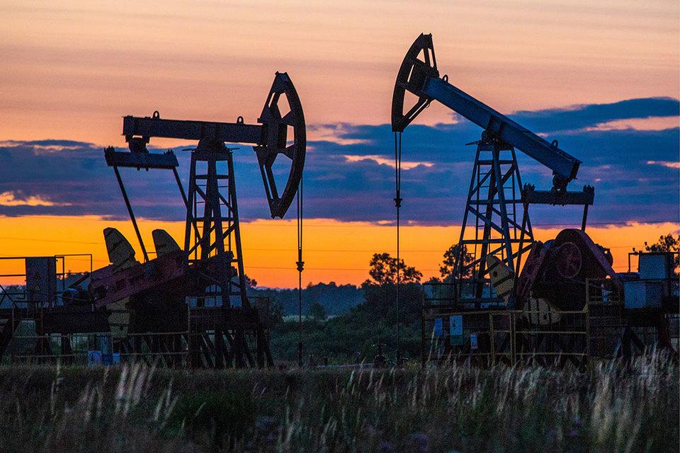 Чтобы выполнить договоренности с ОПЕК, российские нефтяники сокращают бурение